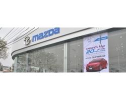 Vệ sinh lau bảng hiệu, ALU mặt tiền showroom ô tô Mazda Hải Phòng