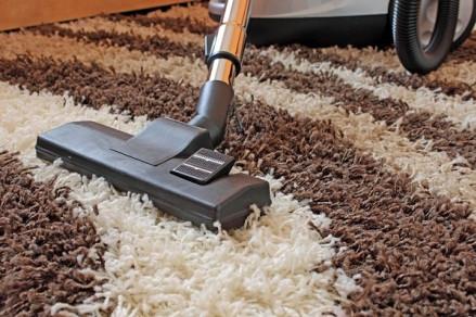 Cách vệ sinh thảm gia đình đơn giản mà hiệu quả