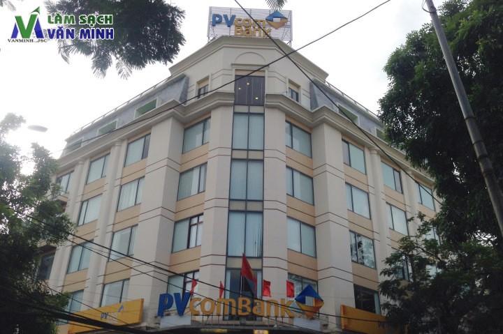 Vệ sinh tòa nhà ngân hàng PVCom Bank Hải Phòng